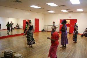 Nogaye teaching dance class at Originations.